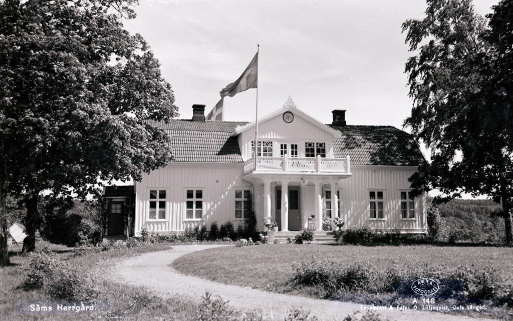 "Enligt AB Flygtrafik Bengtsfors: ""Säm (Bullaren) Gösta Augustin, Fressland""."