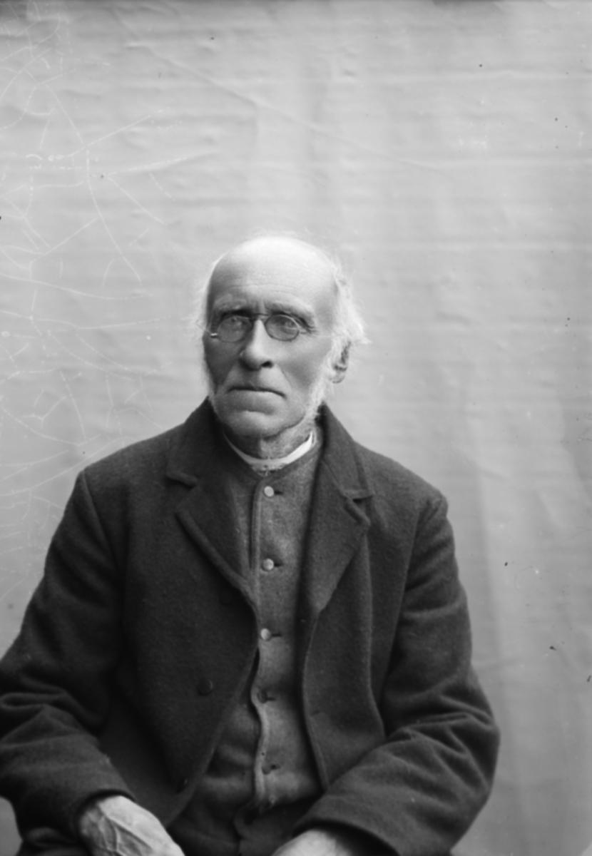 Portrett, Hans E. Kolloen, Nord-Fron.