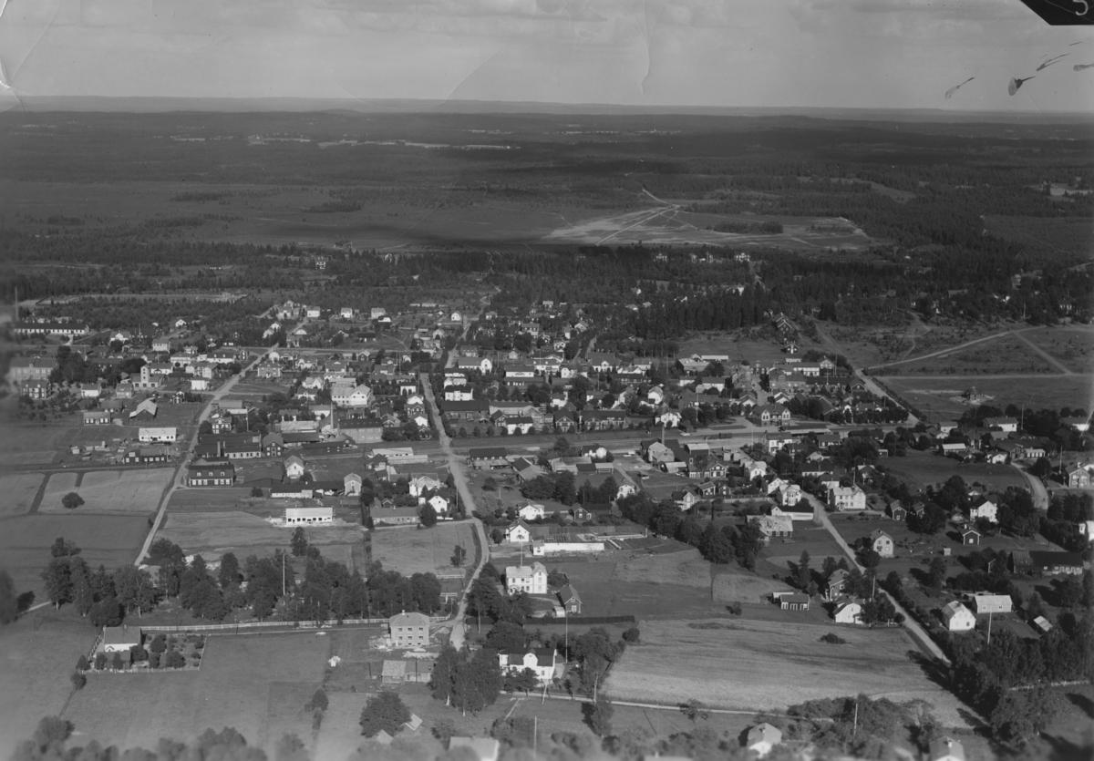 Flygfoto över Skillingaryd i Vaggeryds kommun. Nr. F. 2877