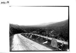 464b4742 Nedre Kleiva, øverst i Romsdalen, like vest for fylkesgransa