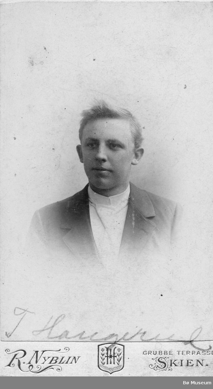 Portrett av T. Haugerud