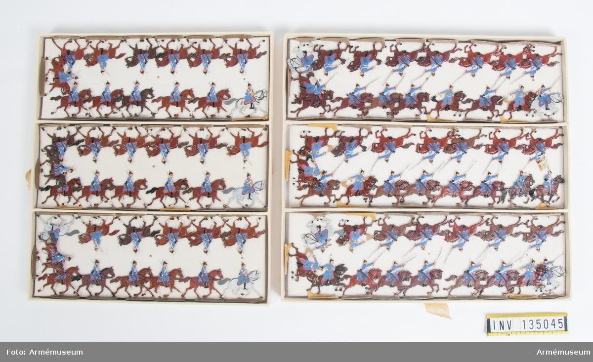 Kavalleri från Tyskland från Fransk-tyska kriget. Två lådor med figurer. Fabriksmålade.