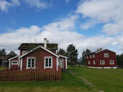 Ratvolden Gammelstuggu og Nyhuset