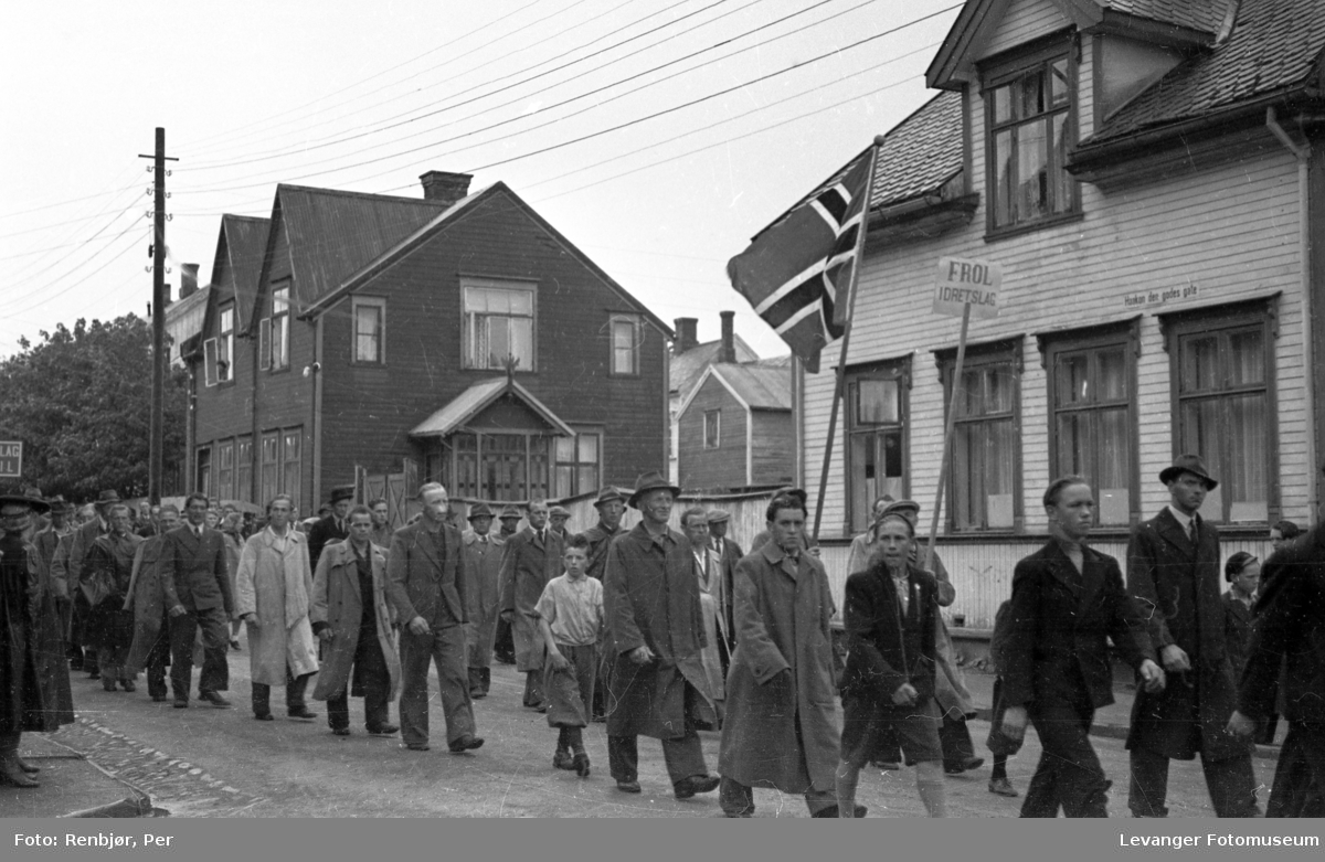 Idrettens dag  juni 1945, Frol idrettslag.