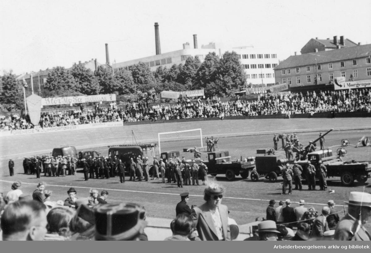 Luftvernøvelse på Dælenenga, sommeren 1939.