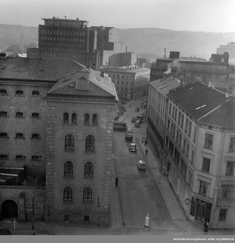 Pløens gate. Desember 1957