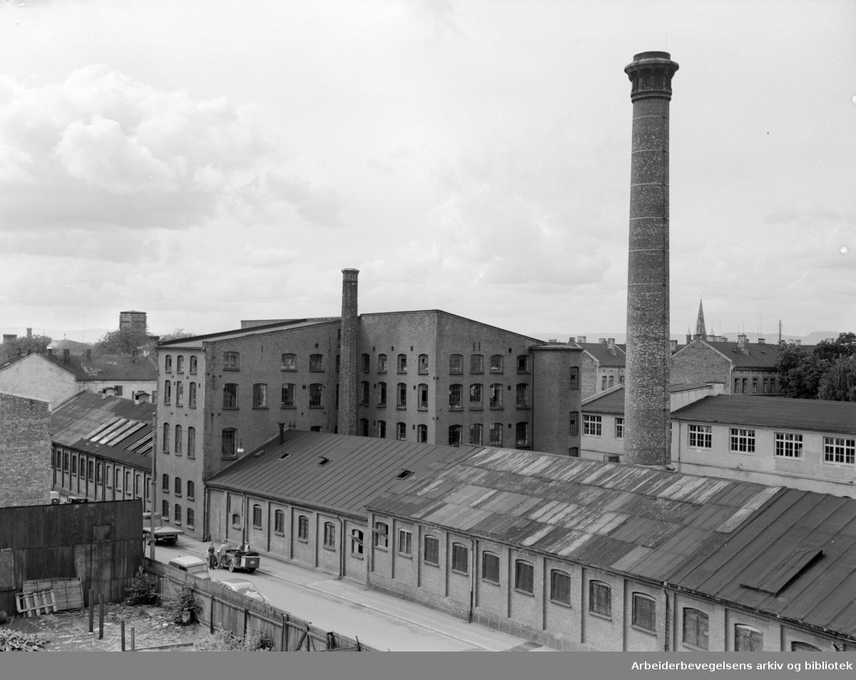 Mustad fabrikker i Sverresgate. August 1954