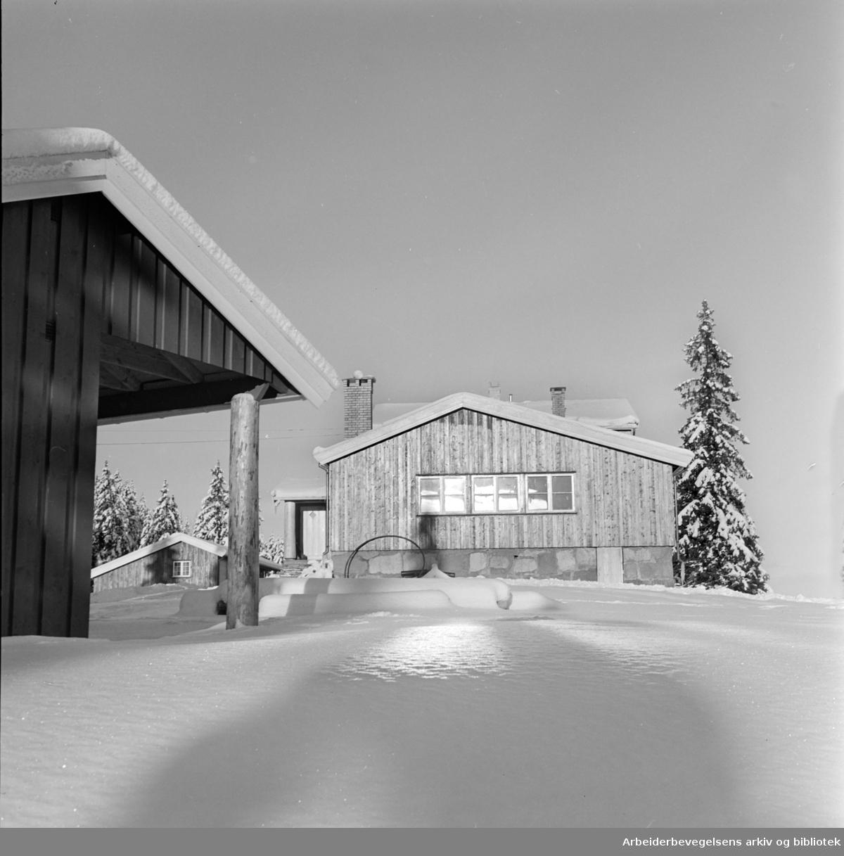 Lilloseter. Nyoppusset og modernisert. Desember1961