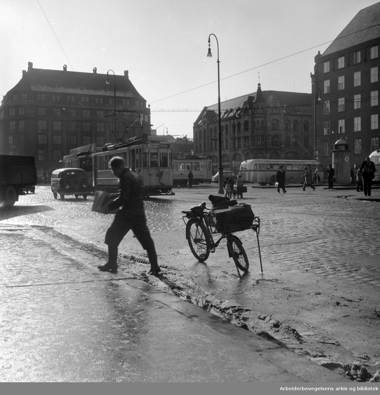 Jernbanetorget. Mars 1955