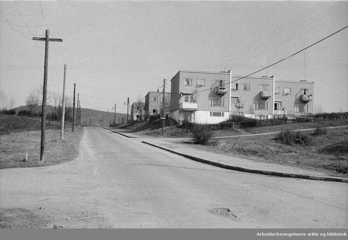 Kaj Munks vei. April 1946