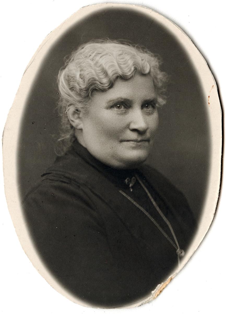 Maria Augusta Hallsenius, hustru till Jan Petter Jansson.