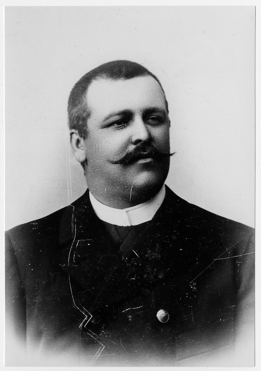 Ernst af Klinteberg, stationsföreståndare i Ljungbyhed 1895-1907.