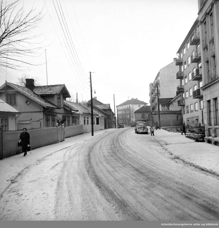 Etterstad. Etterstadgata. Desember 1957
