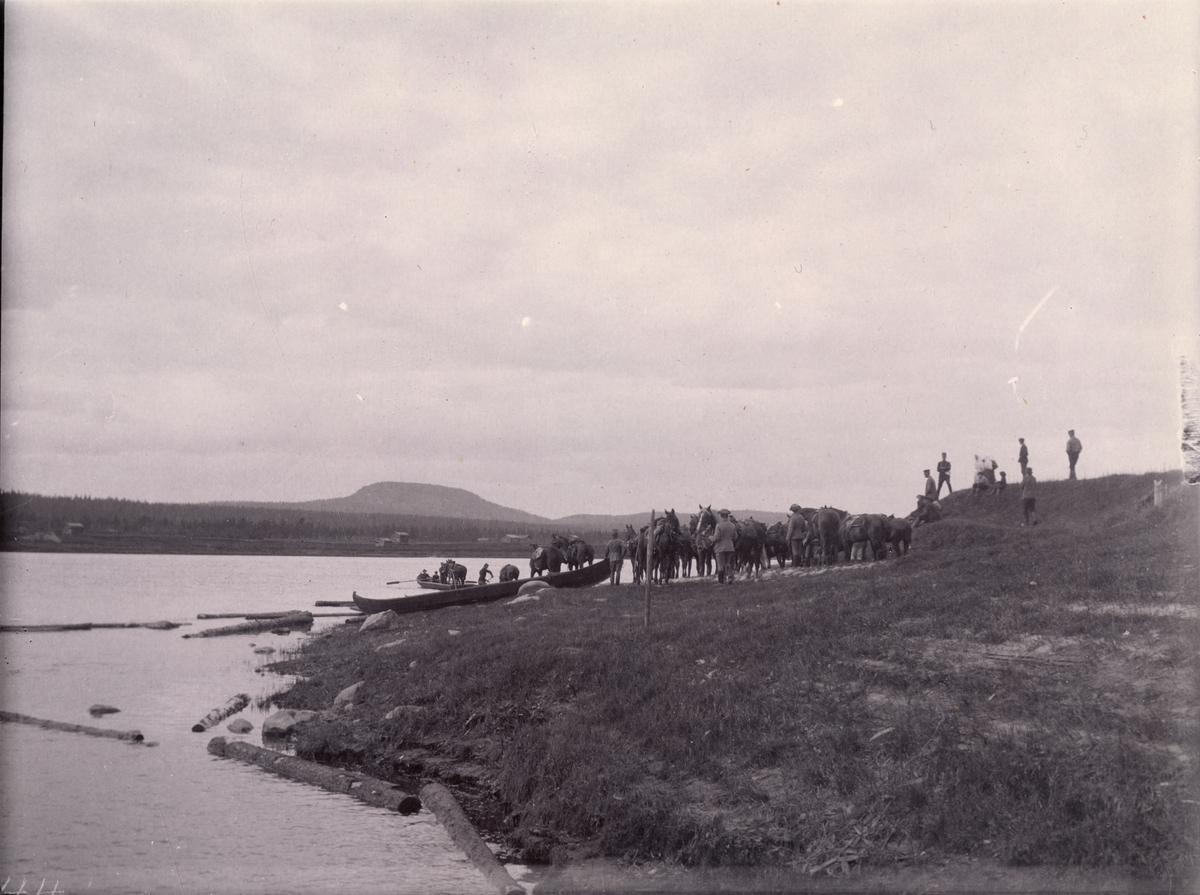 """Text i fotoalbum: """"Transport av hästar öfver Kalix älf."""""""