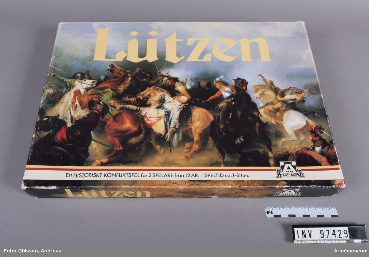 Spelet består av en spelplan i 2 delar som föreställer platsen för slaget vid Lützen indelad i hexagoner, två tärningar, tre plastpåsar med sammanlagt cirka med cirka 70 fyrkantiga spelmarkeringar i papp i rött, blått och vitt, samt ett häfte och ett blad med spelinstruktioner och tabeller.