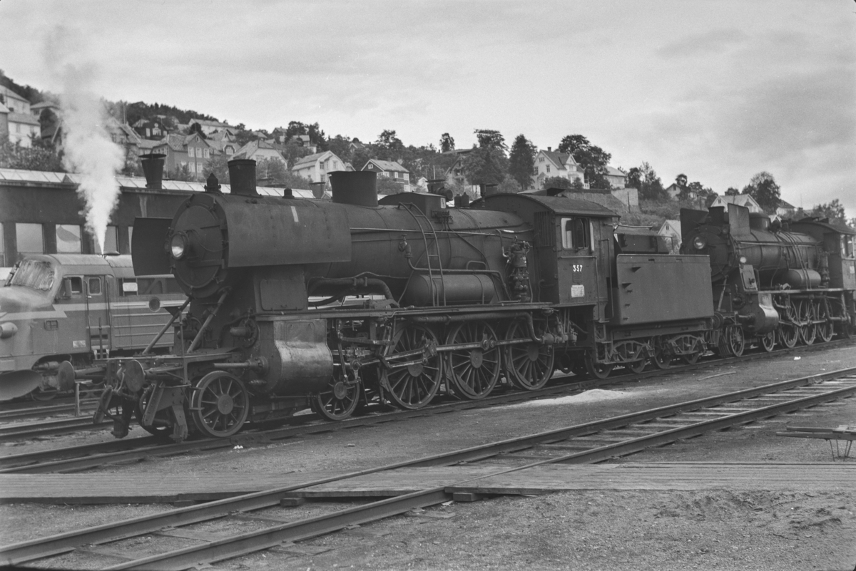 Damplokomotiv type 30b nr. 357 på Marienborg.