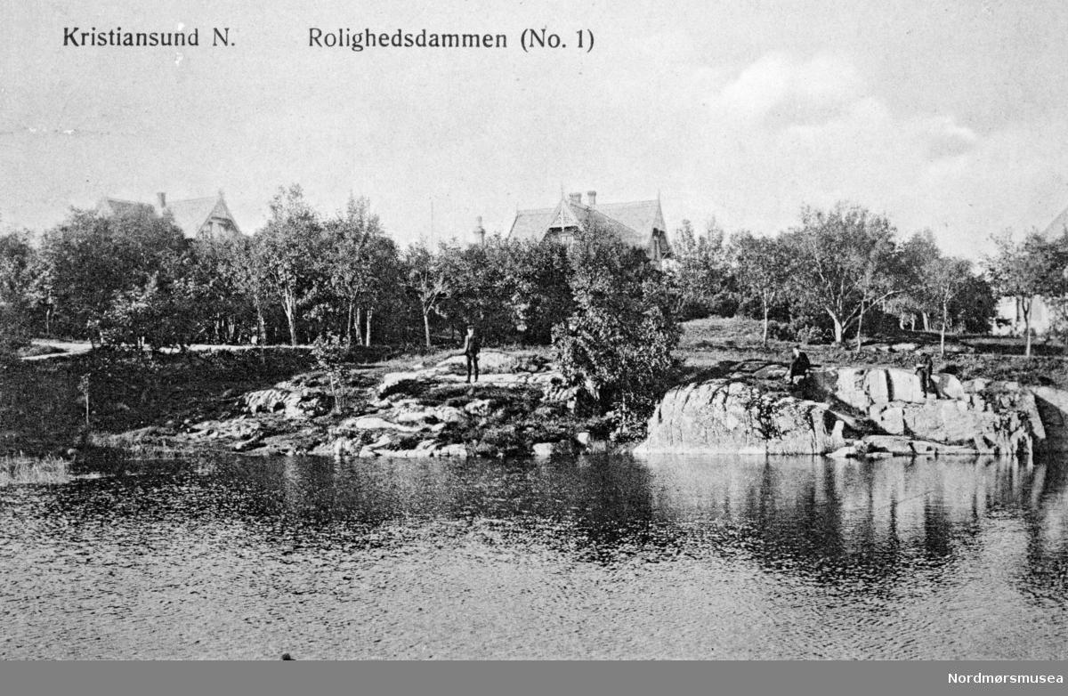 """Postkort: """"Kristiansund N. Rolighedsdammen (No. 1)"""" Fra Nordmøre museums fotosamlinger."""