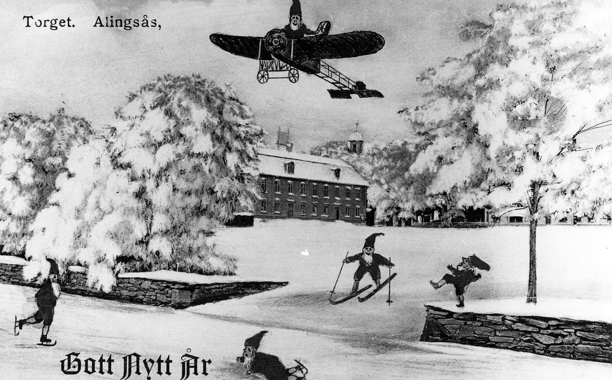 Julkort med motiv från Stora Torget i Alingsås, på bilden ser man nissar som åker skridskor, skidor samt en nisse som flyger ett flygplan. Kortet poststämplat 1916.