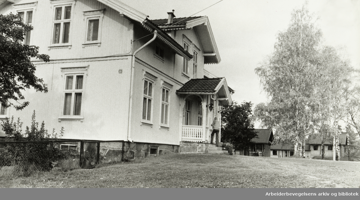 Bøler gård. Oktober 1984