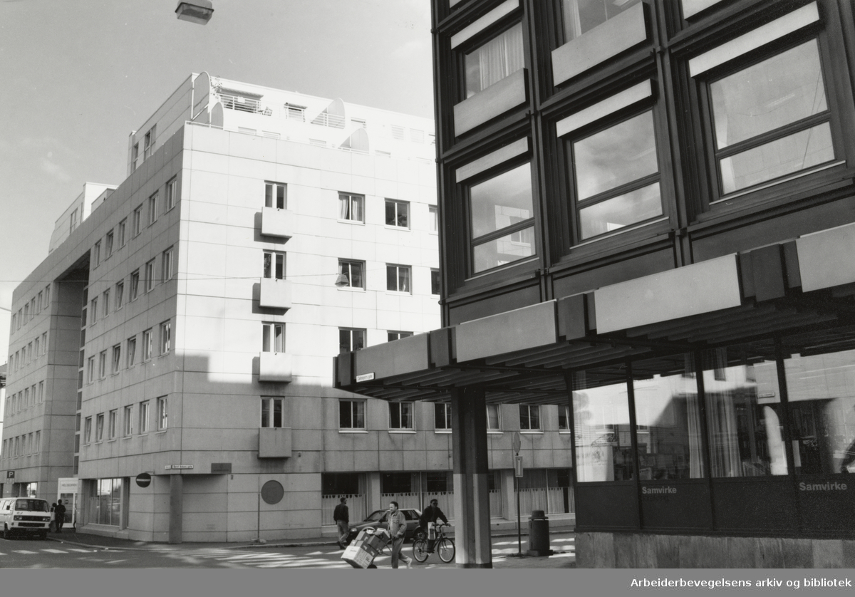 """Calmeyers gate. """"Misjonshjørnet"""". September 1992"""