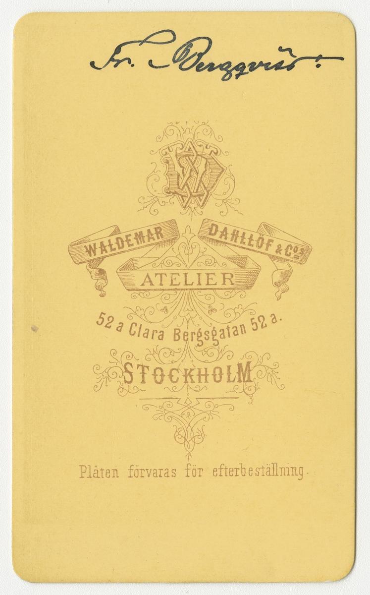 Porträtt av Frans Oskar Bergqvist, officer vid Närkes regemente I 21.  Se även bild AMA.0006885, AMA.0006896 och AMA.0006908.