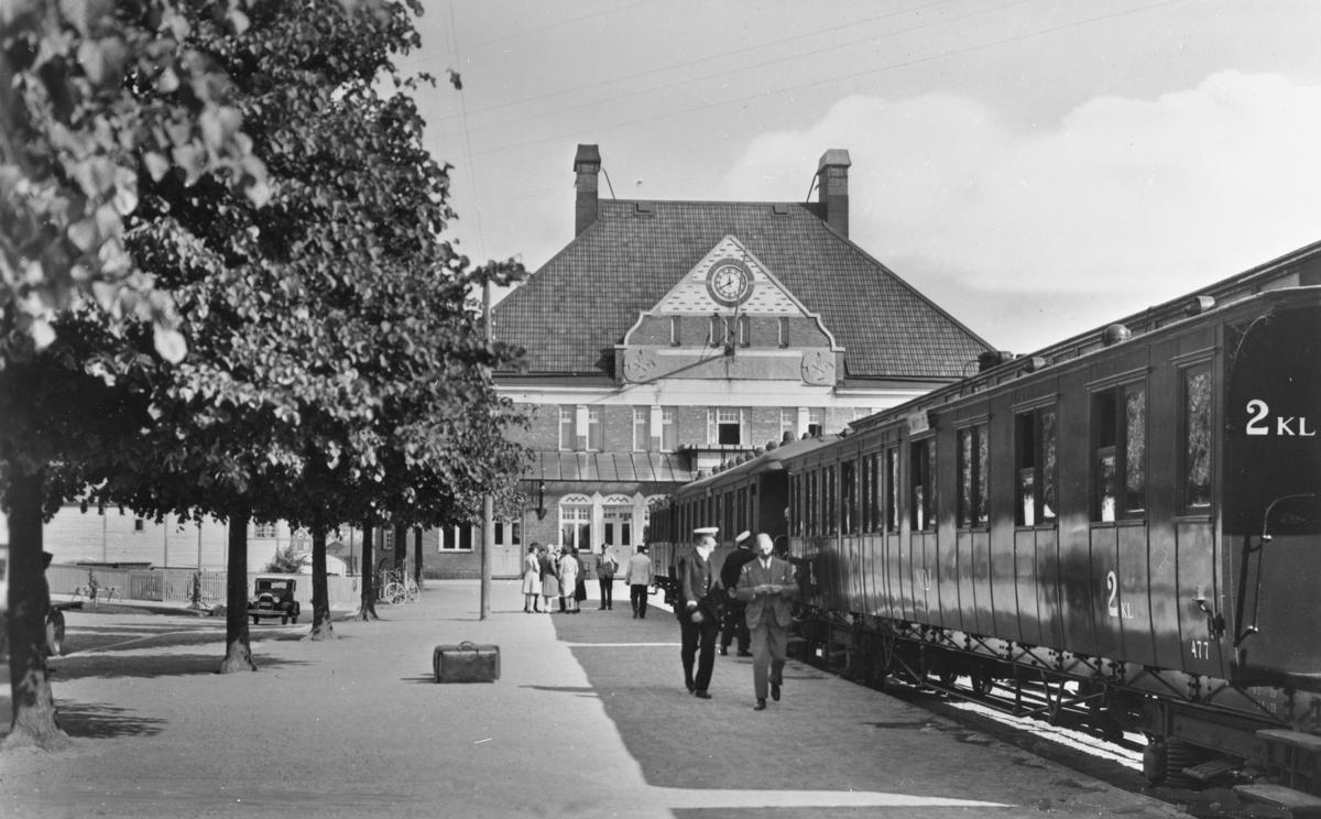 Personvagn 2kl nr 477, Stationen i Oskarshamn