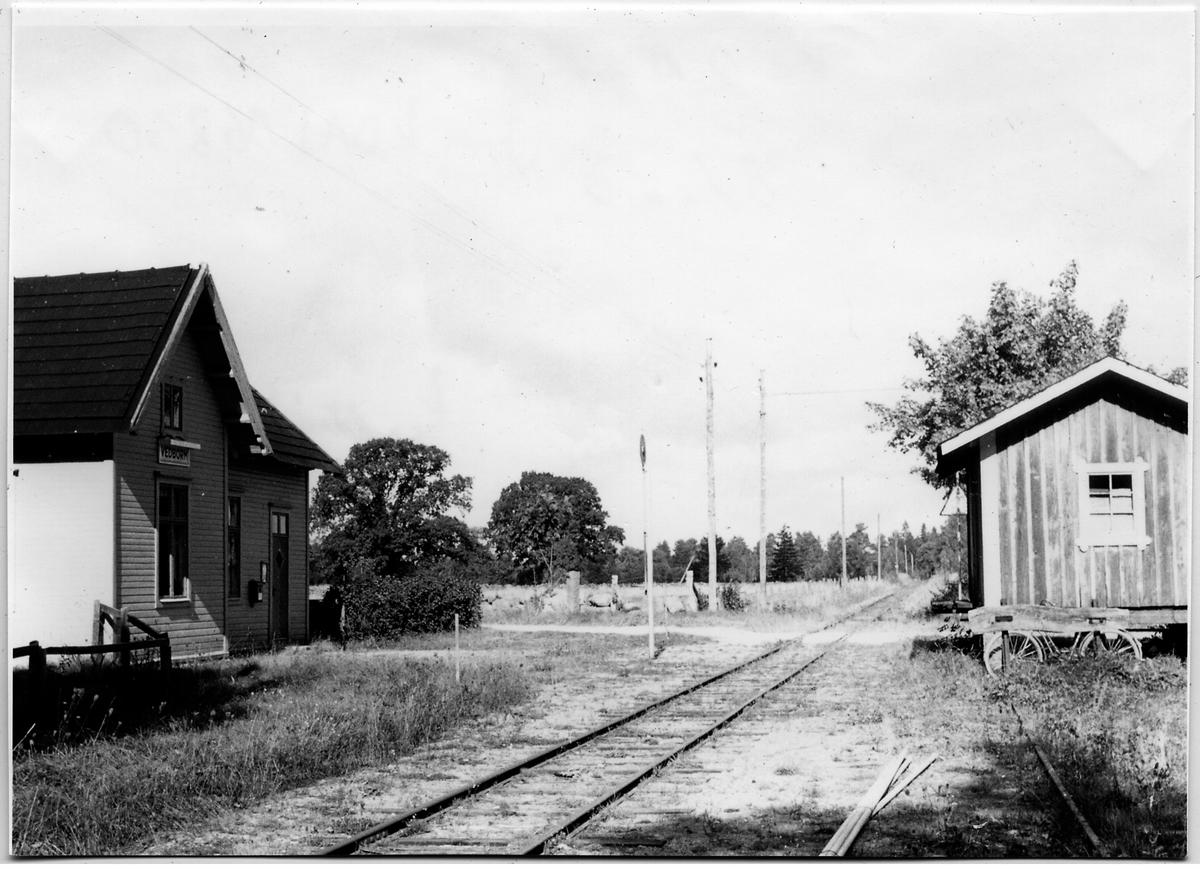 Järnvägsövergång på Vedborm station.