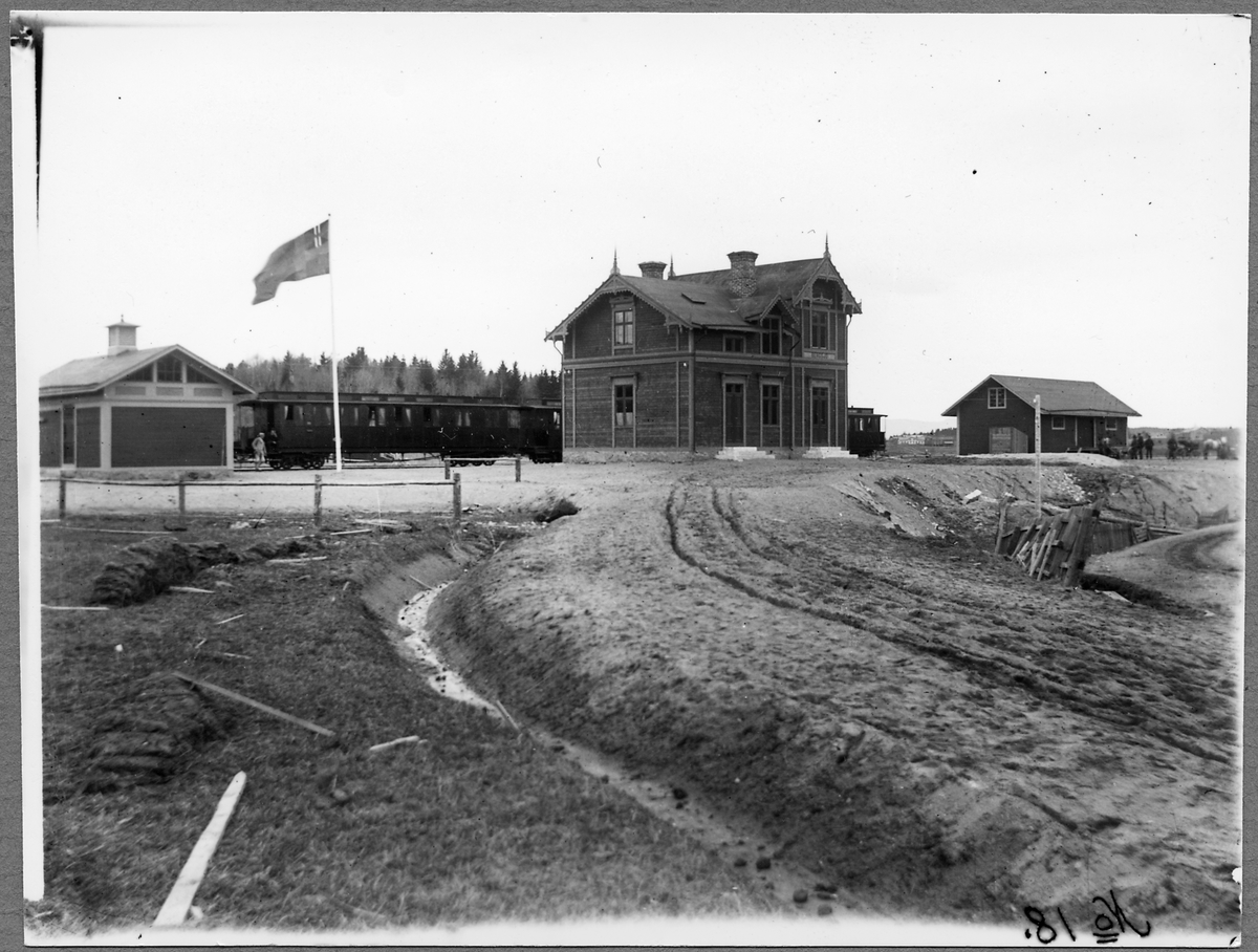 Norra Hälsingslands Järnväg, NHJ Bergsjö station. Station anlagd 1896 med  tvåvånings stationshus i trä. Den upphörde 1962.