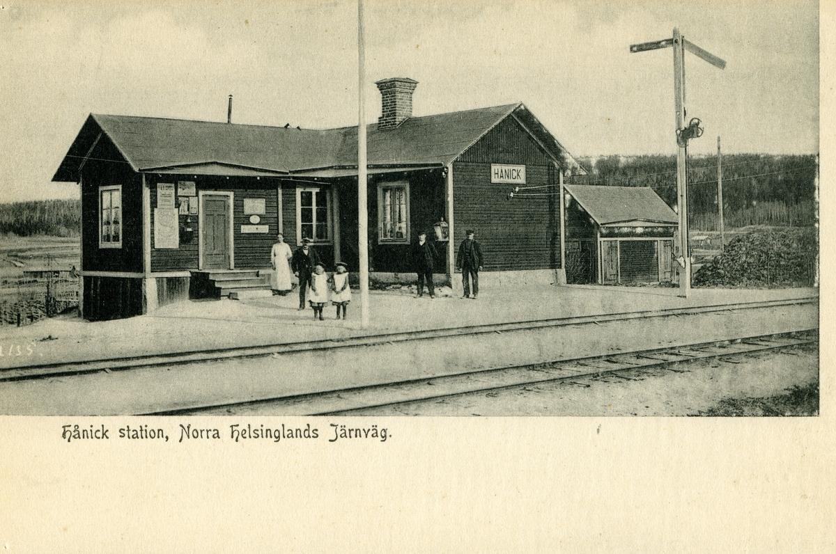 Hånick station.