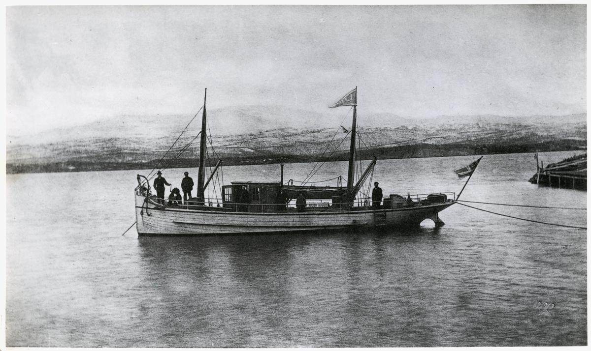 """Tornehamn båten """"Lajla""""."""
