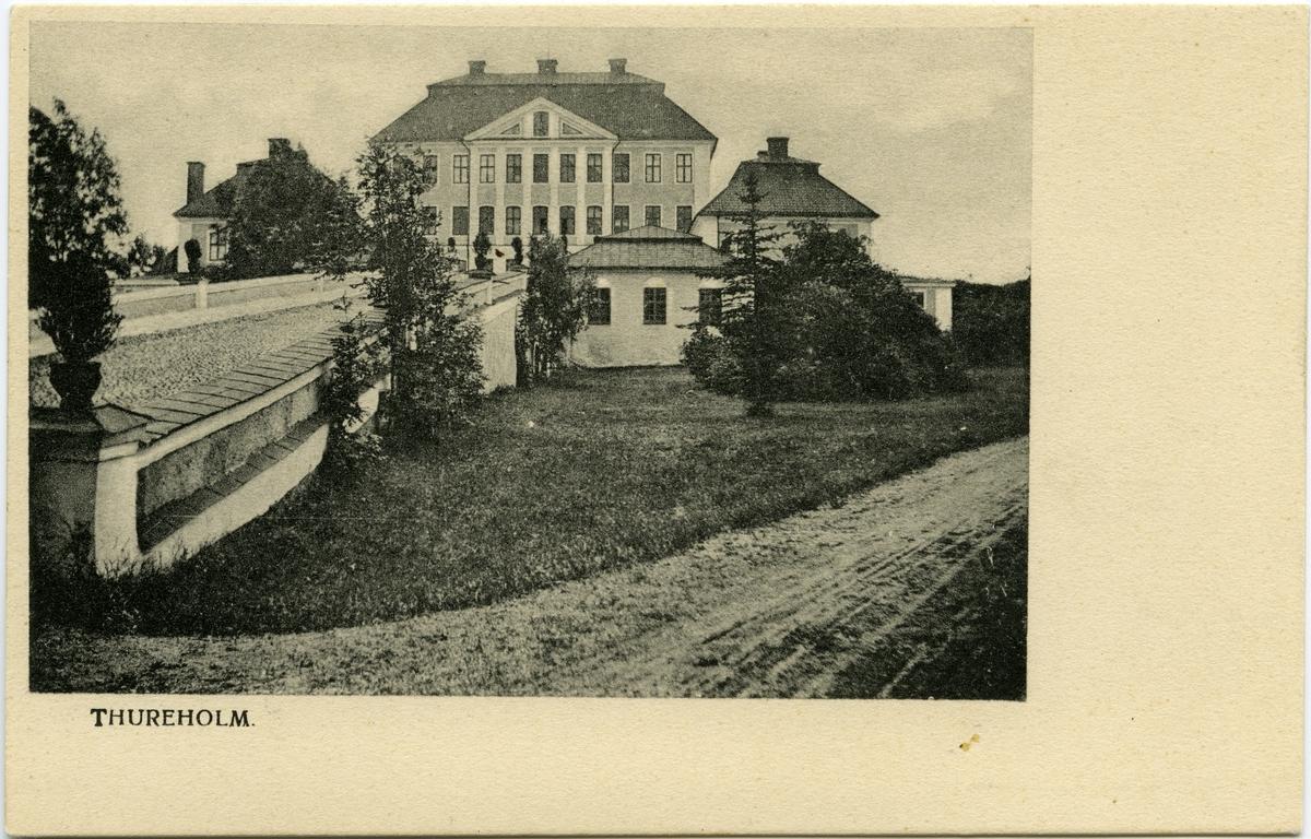 Thureholms slott i utkanten av Trosa.