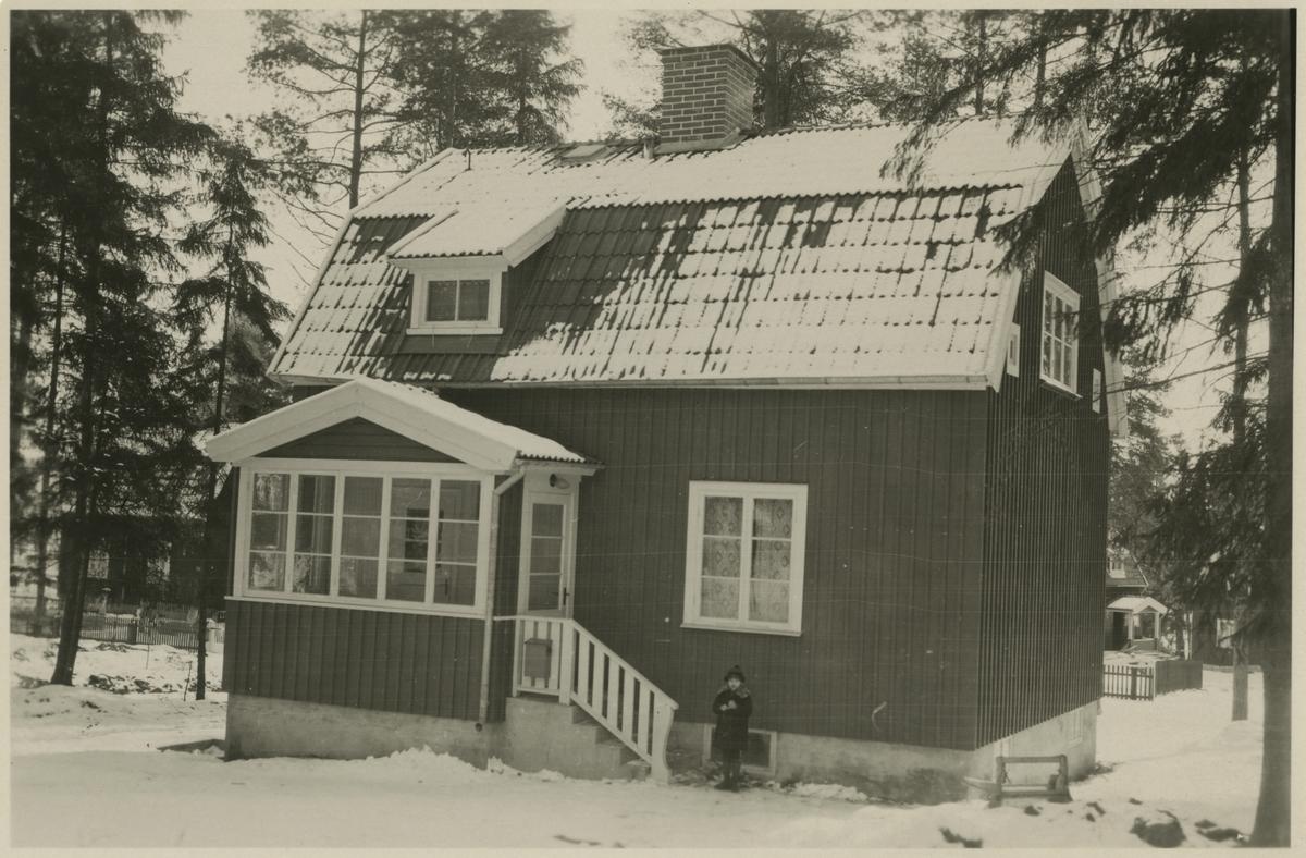 Ulriksdals Järnvägshem. Kvarteret Reparatören nr 1.