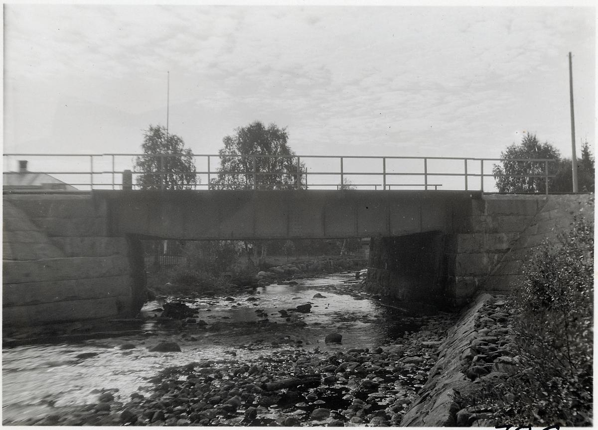 Bro över Grundträskån vid Jörn. Statens Järnvägar, SJ.