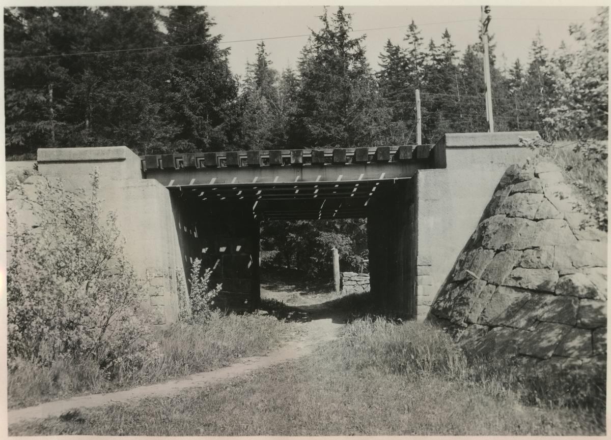 Vägport vid Bryngenäs Östra.