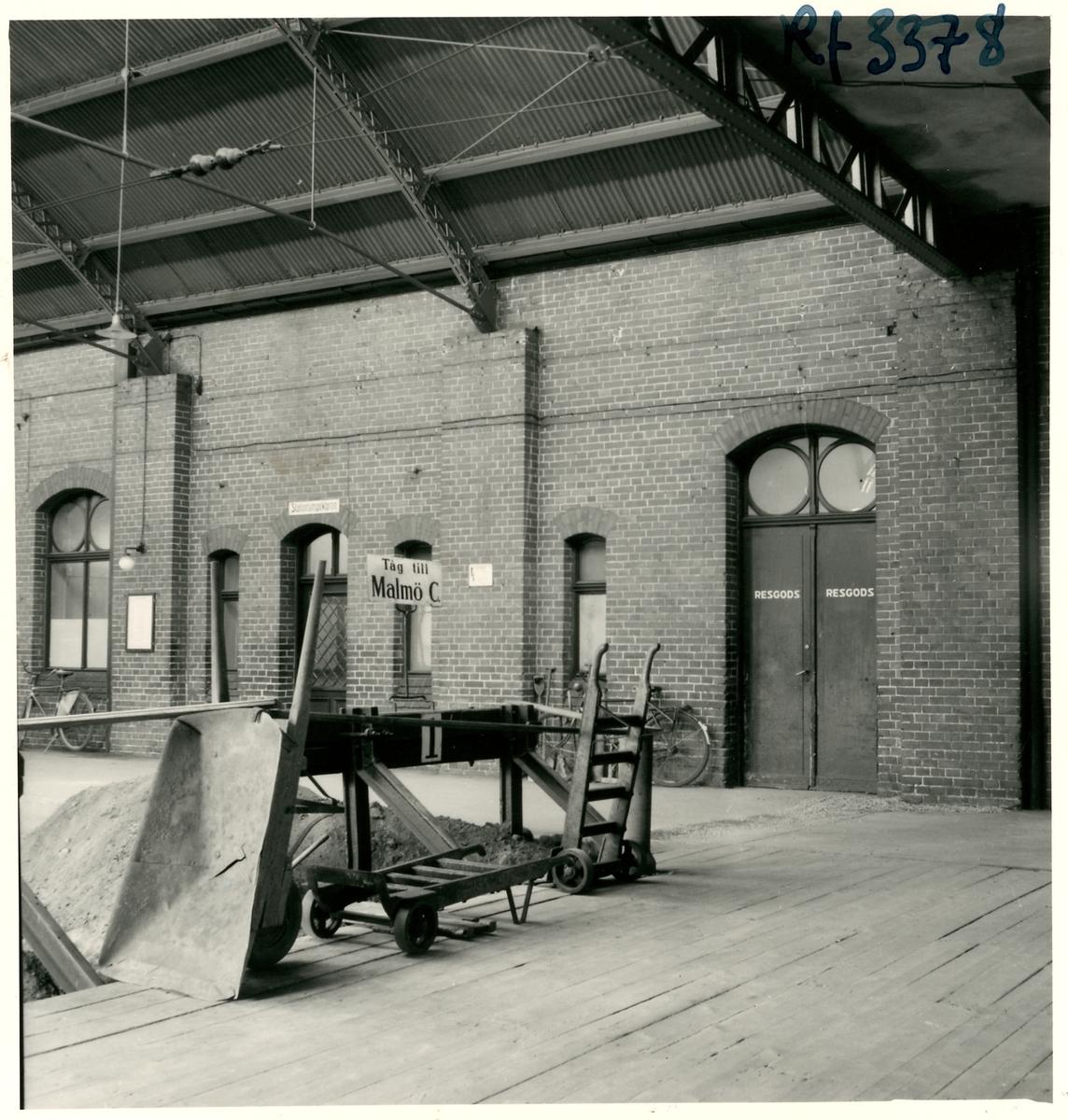 Trelleborg C stations banhall.