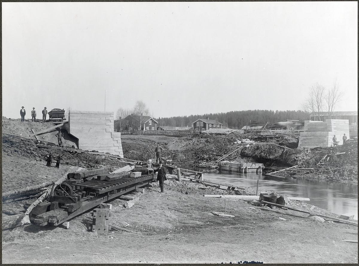 Brobygge över Klintforsån i Skellefteå på linjen mellan Bastuträsk och Skellefteå.