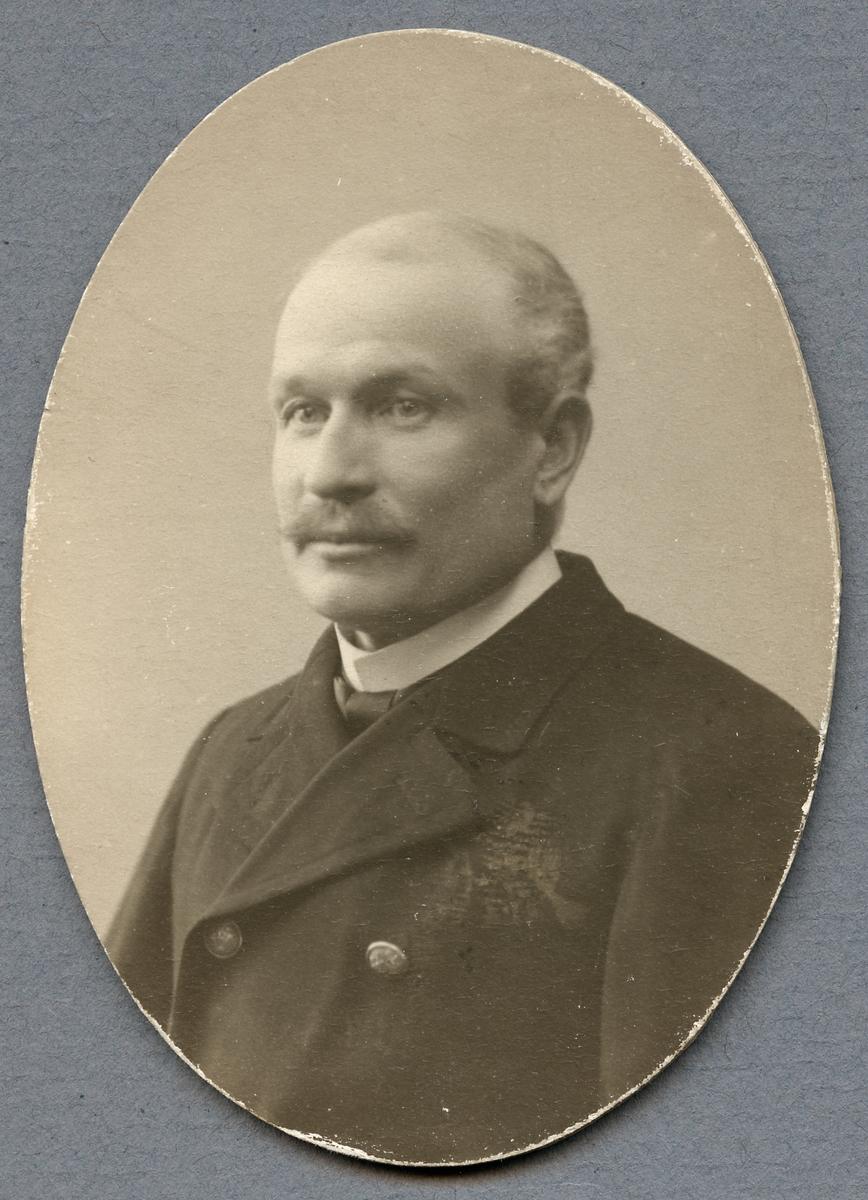 H. Lidell.