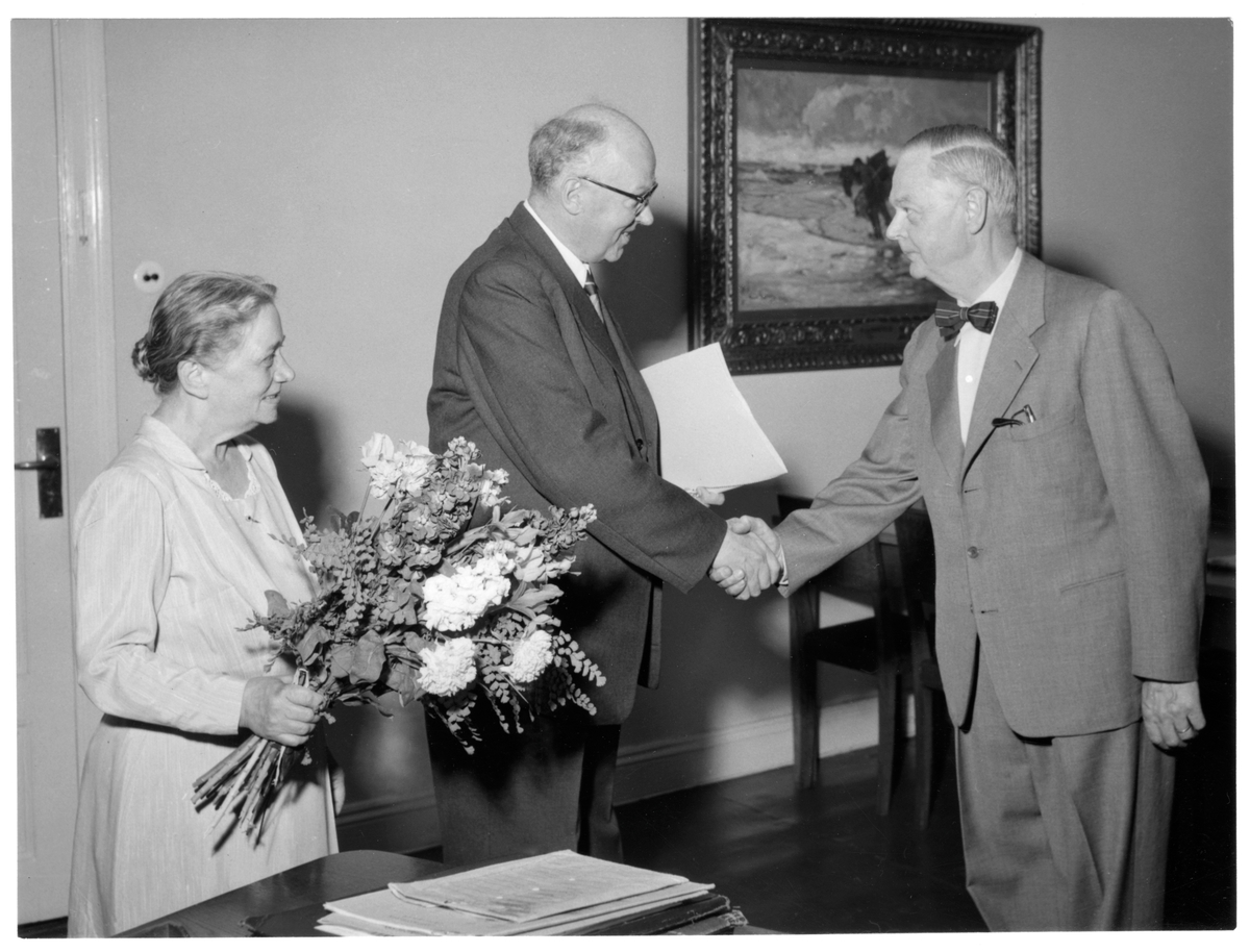 Byråchef Siedmans 60 årsupvaktning av kanslibyråns personal.