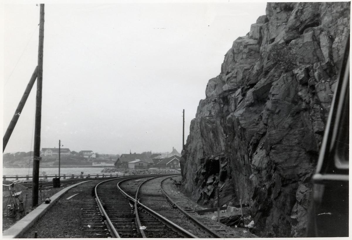 På sträckan mellan Strömstad och Skee.