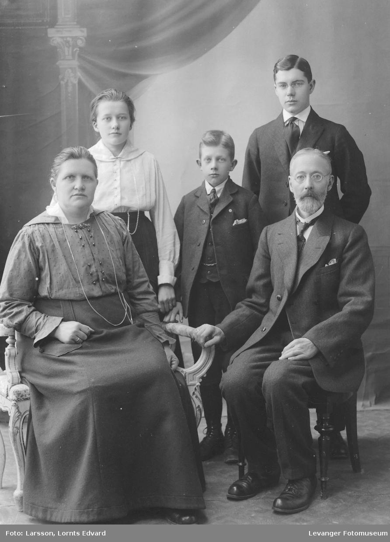 Familien Rostad Verdalsøra.