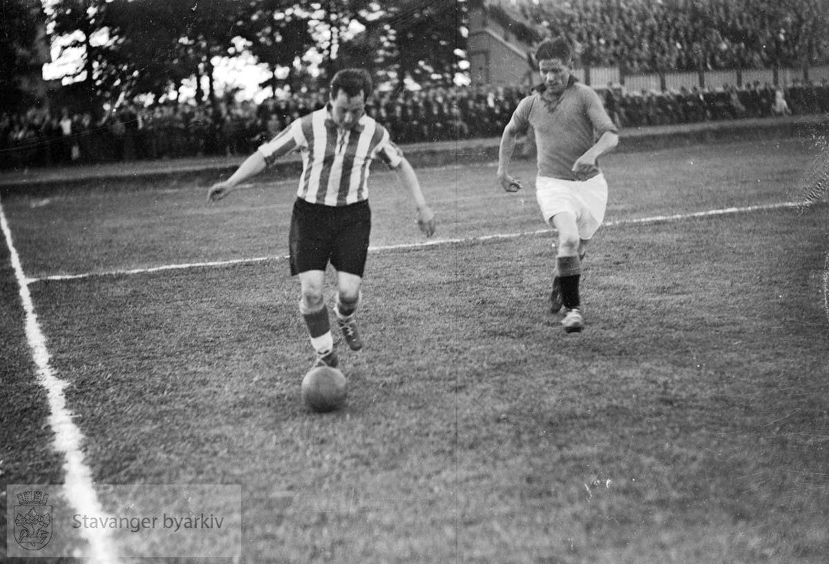 Resultatet av kampen ble 1-1 .Fotball.
