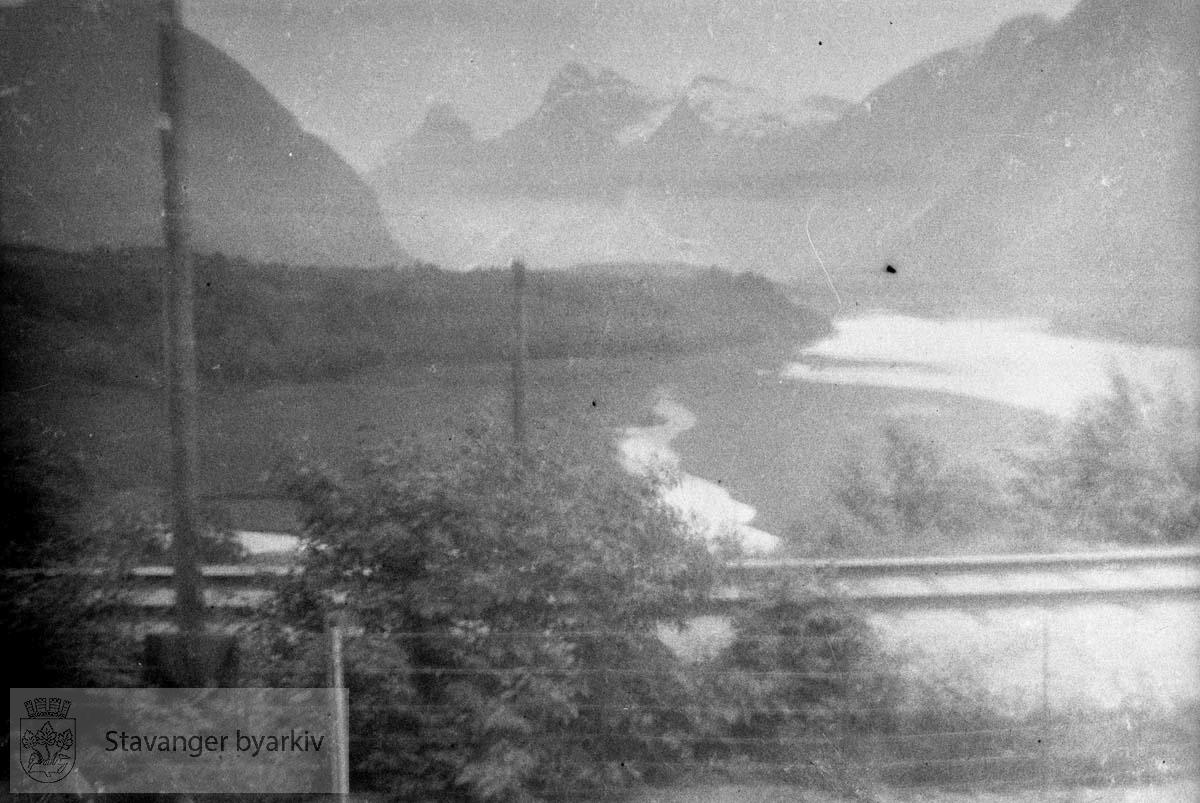 Tatt fra tog i fart? Sommeren 1929/30: Prekestolen