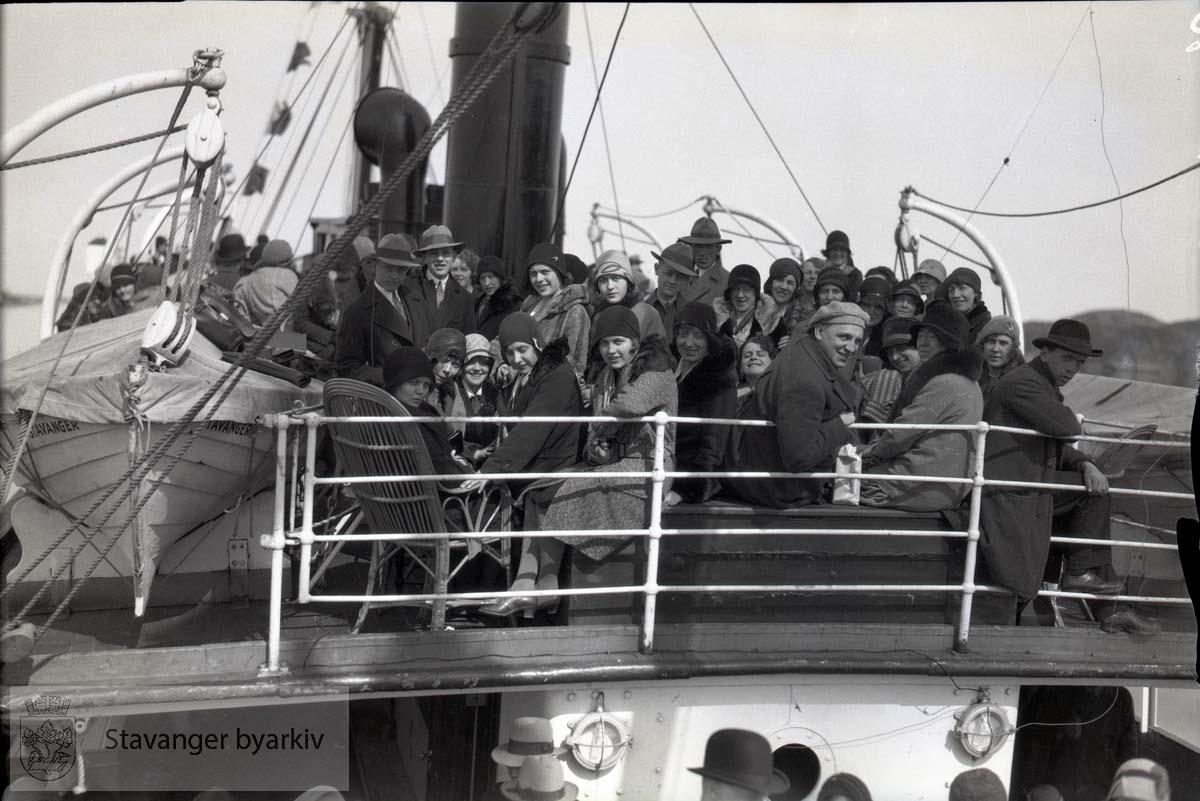 Fra utflukt med båt opp til Bergen.
