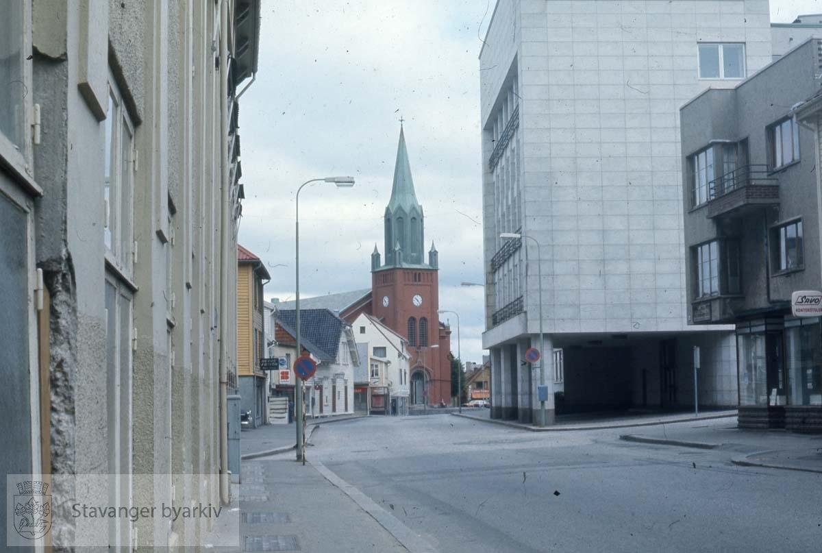 Mot St. Petri, Bergelandsgata.Tinghuset til høyre