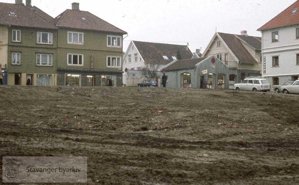 Byggetomt, Løkkeveien. Der Stavanger Boligbyggerlags kontorer ligger i dag.