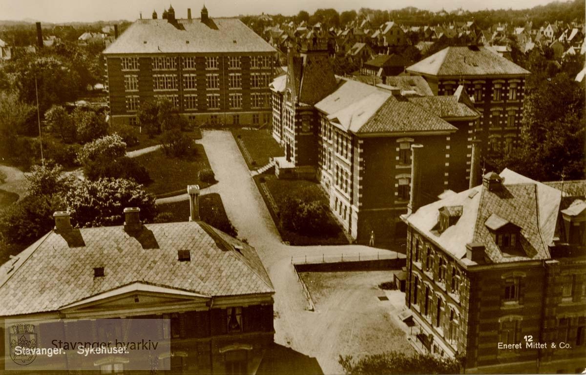 Stavanger Sykehus fra øst.