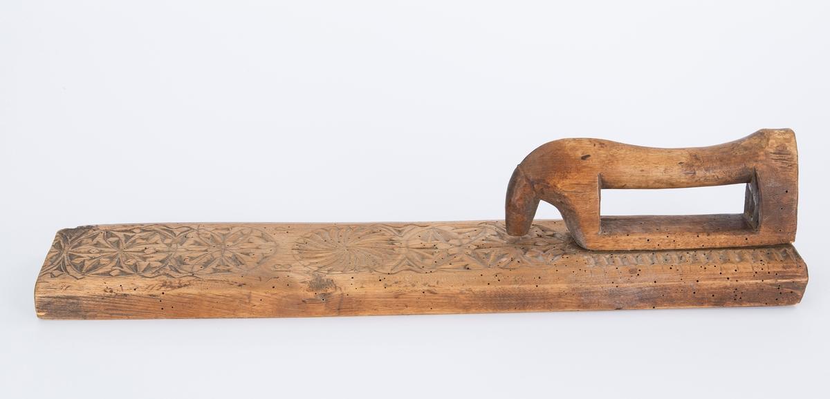 Karveskurd, hesteformet håndtak
