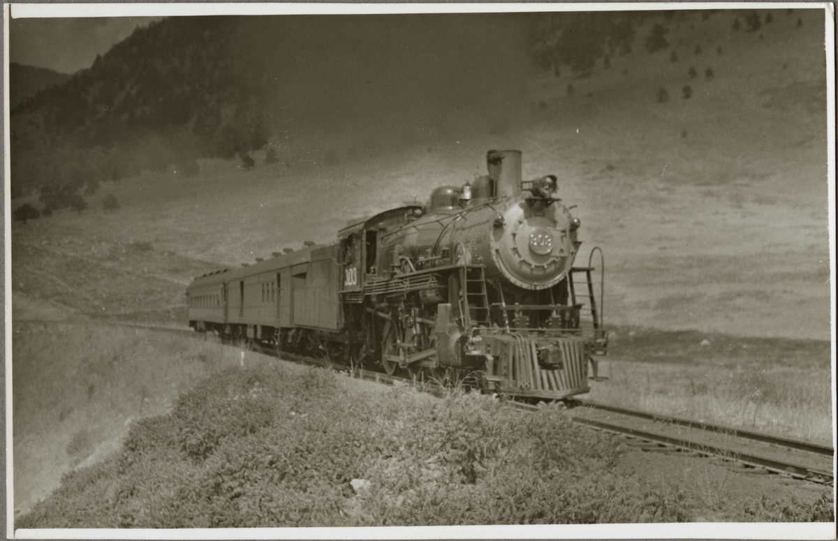 Northwestern Pacific Railroad, NWP lok 303.