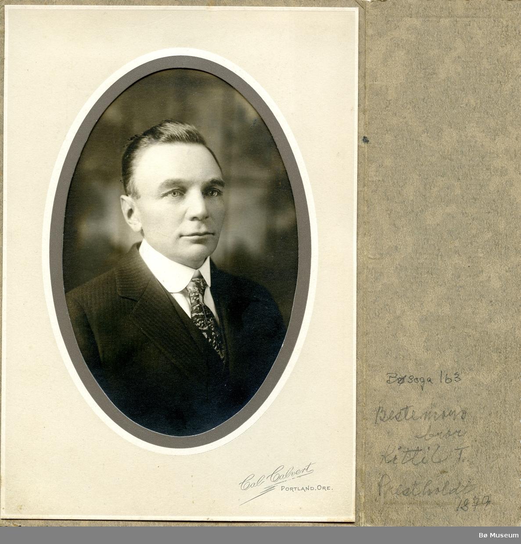 Portrettfoto av Kittil Torjusson Prestholt