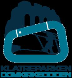 Logo med domkirkeruinen i bakgrunnen og sikret klatrer inni en karabinkrok